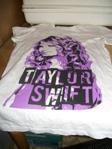 #E11 GIRLS TAYLOR SWIFT T SHIRT NEW SIZE 7-9 in Fort Hood, Texas
